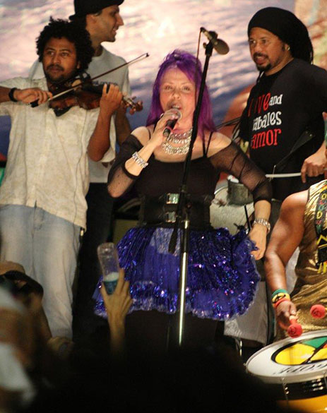 Baby do Brasil durante a abertura do Carnaval de Salvador