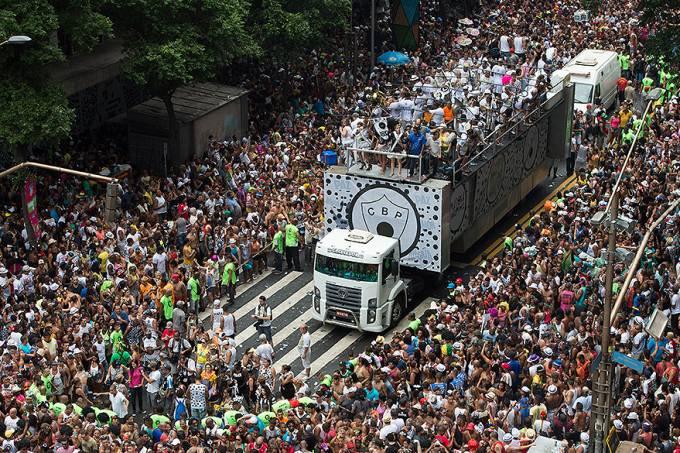celebridades-carnaval-rio-de-janeiro-cordao-da-bola-preta-20140301-45-original.jpeg