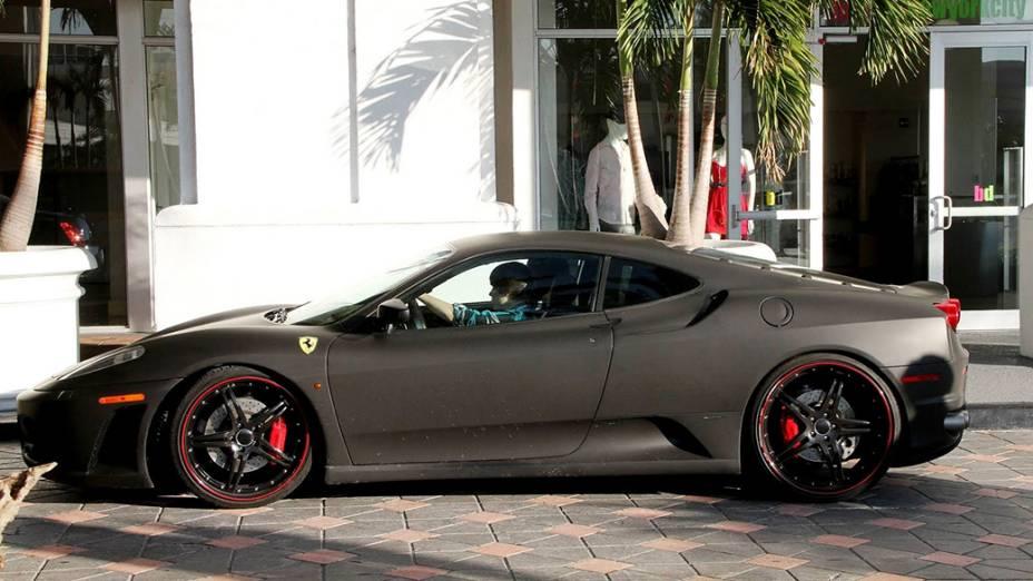 Ferrari, Lambo, Ducati: os velozes brinquedos de Justin Bieber | VEJA