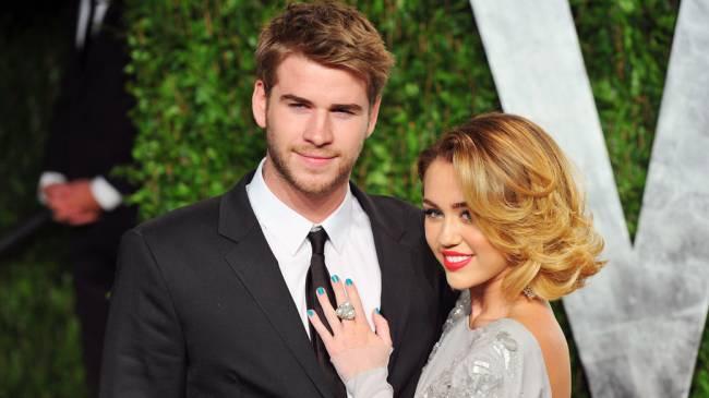 Ator Liam Hemsworth e a cantora Miley Cyrus
