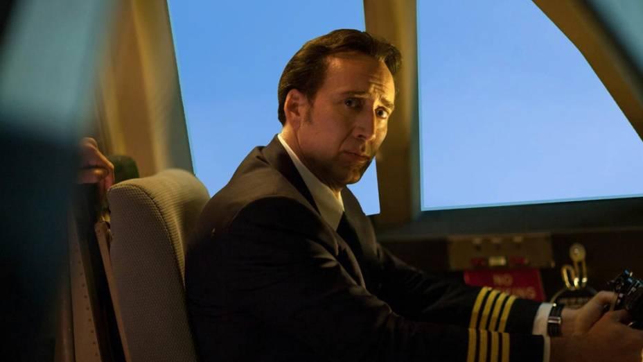 O ator Nicolas Cage em cena do filme Deixados para Trás