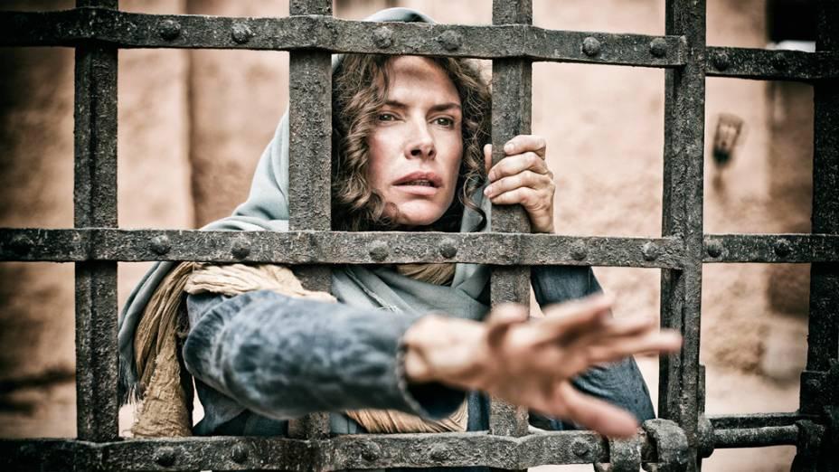A atriz Roma Downey, como Maria, mãe de Jesus, em cena da minissérie A Bíblia