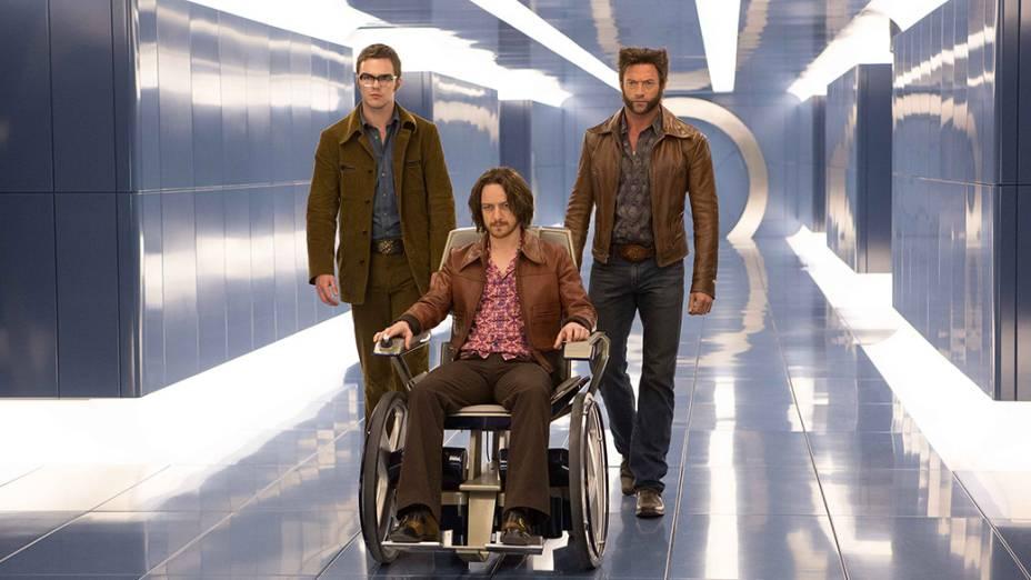 Atores Shawn Ashmore, Hugh Jackman e James McAvoy em cena do filme X-Men – Dias de um Futuro Esquecido