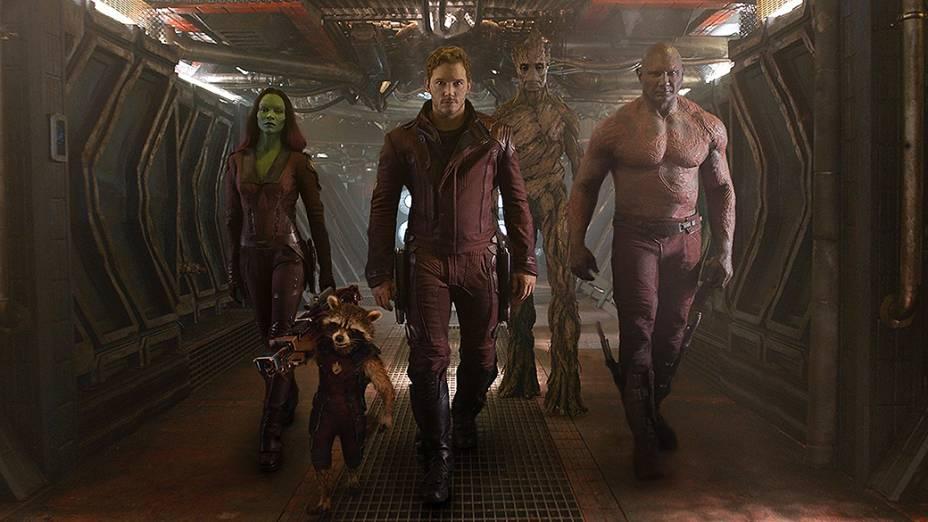 Os personagens Gamora, Peter, Rocket, Groot e Drax em Guardiões da Galáxia
