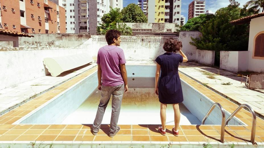 Cena do filme O Som ao Redor (2012), de Kleber Mendonça Filho