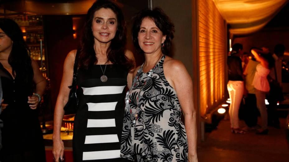 Françoise Forton, a Gigi, e Angella Rebello, que interpreta Lídia, se encontram em festa de despedida da novela ´Amor à Vida, no Rio