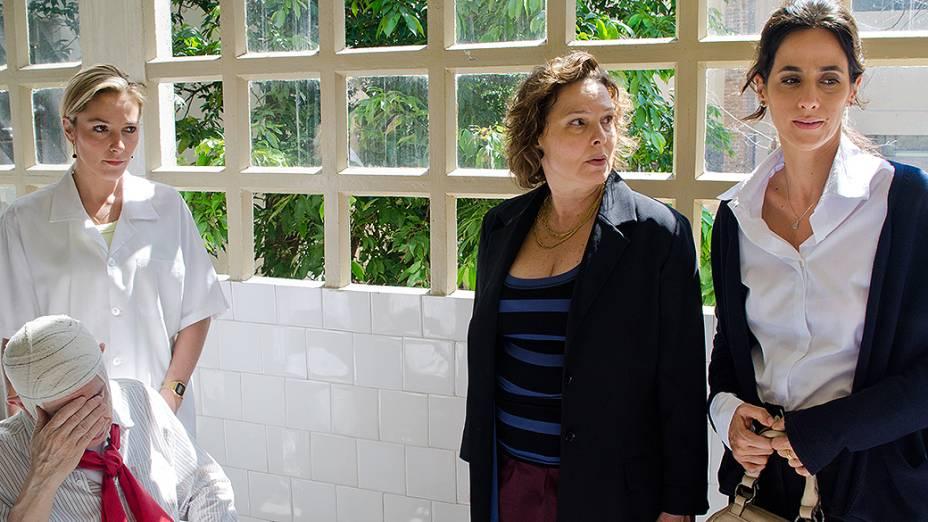 Elaine (Louise Cardoso) e Susana (Mariana Lima)<br><br>