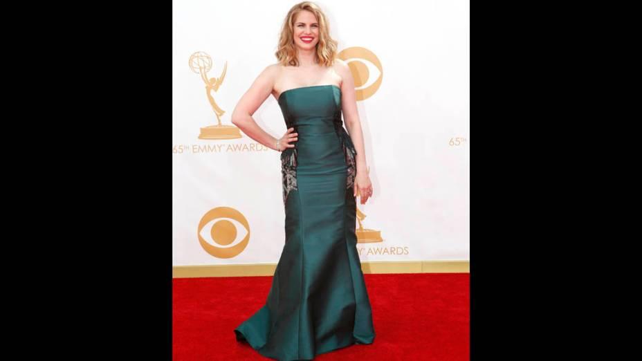 Atriz Anna Chlumsky, chega ara a premiação do Emmy, em Los Angeles