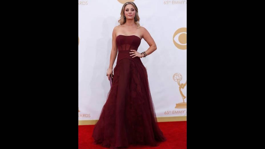 Atriz Kaley Cuoco da série The Big Bang Theory, chega para a premiação do Emmy, em Los Angeles