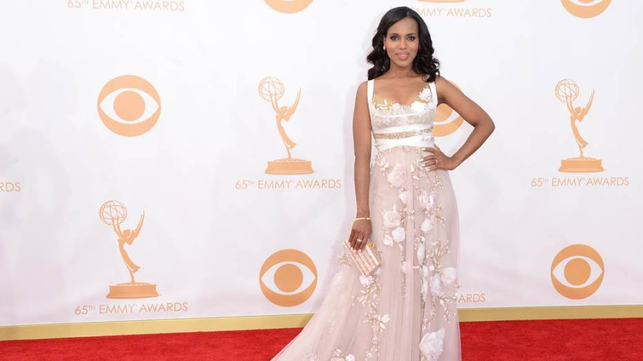 Atriz Kerry Washington chega para a premiação do Emmy, em Los Angeles