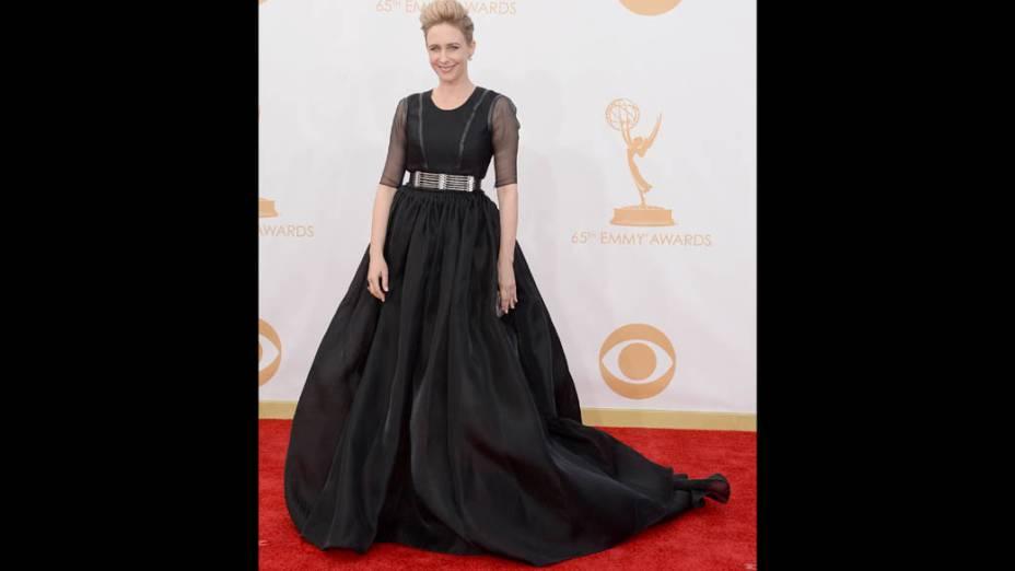 Atriz Vera Farmiga chega para a premiação do Emmy, em Los Angeles