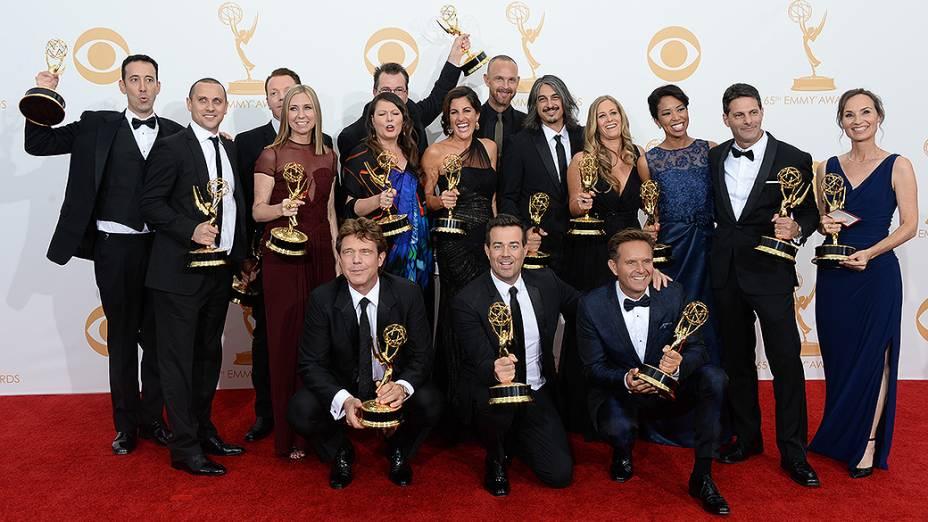 The Voice recebe o prêmio de melhor reality show, durante o Emmy, em Los Angeles