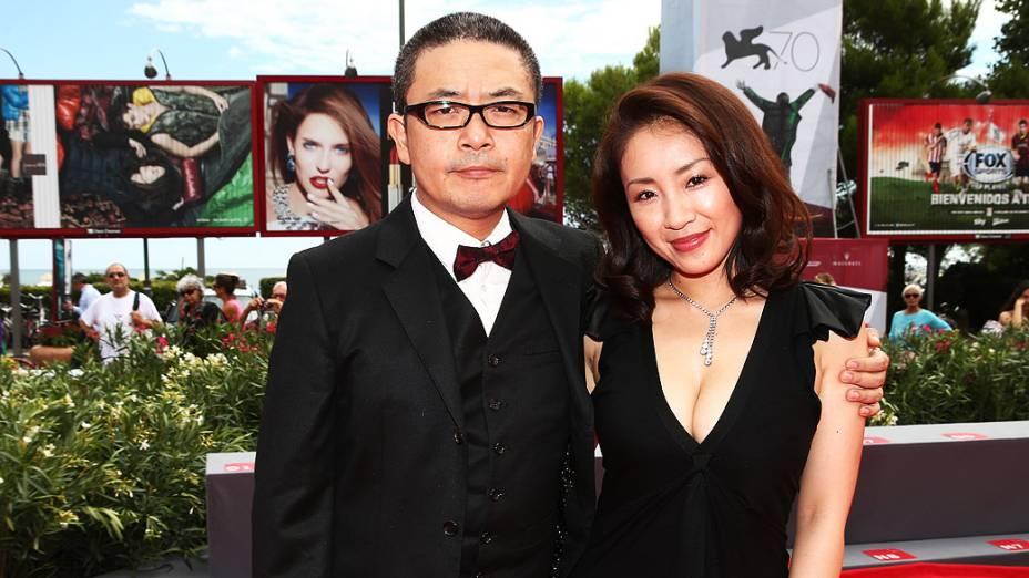 Diretor Sion Sono e a atriz Megumi Kagurazaka durante estréia do filme Why Dont You Play In Hell? no 70º Festival Internacional de Cinema de Veneza