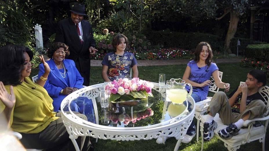 Paris Jackson participa do programa da apresentadora Oprah Winfrey em 2010