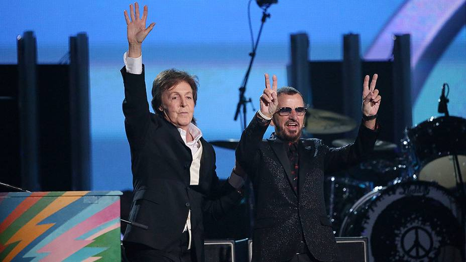 Paul McCartney e Ringo Starr juntos durante a premiação do Grammy 2014
