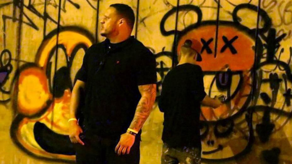 Justin Bieber: grafite e rebeldia fake na madrugada do RJ | VEJA