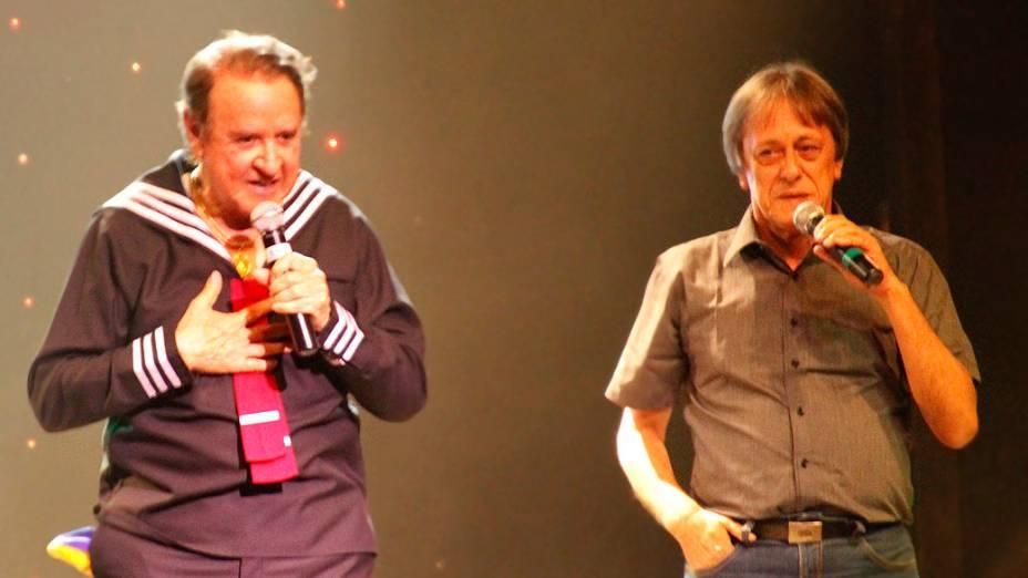 Carlos Villagrán e Nelson Machado, o dublador do Kiko no Brasil