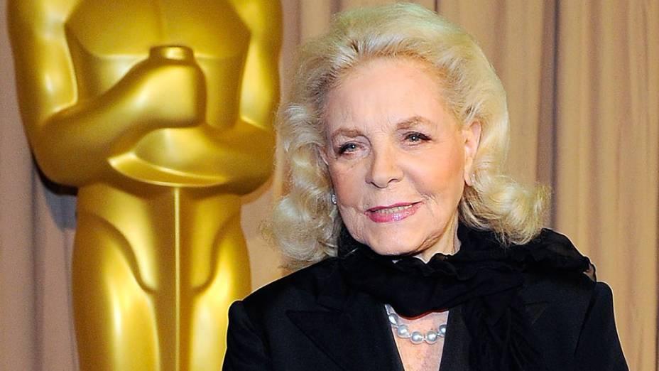A atriz Lauren Bacall chega para o Oscar de 2010, em Hollywood