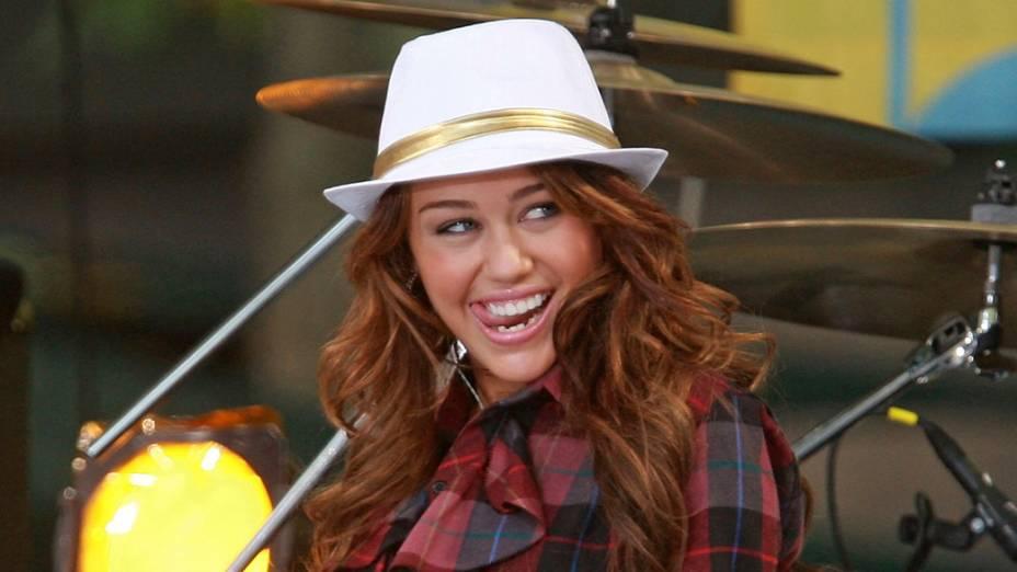 Miley Cyrus durante show em 2008