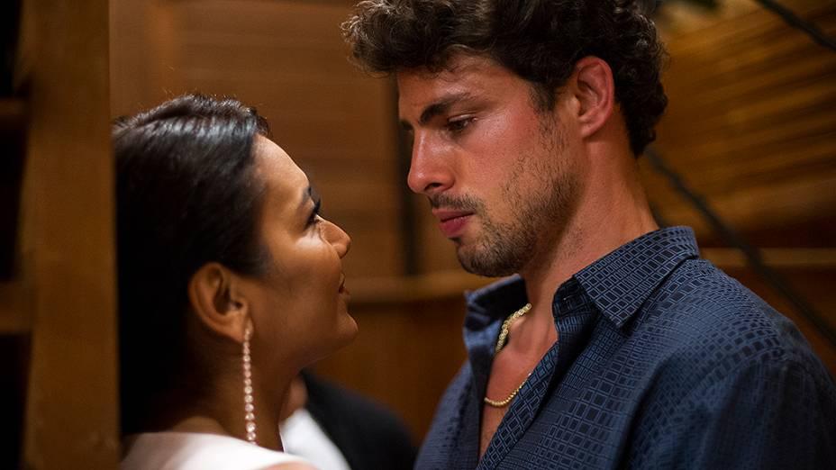 Leandro (Cauã Reymond) e Celeste (Dira Paes)