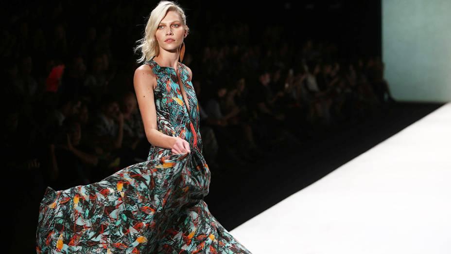Cantão apresenta as novidades da coleção para o Verão 2015 no terceiro dia da Fashion Rio