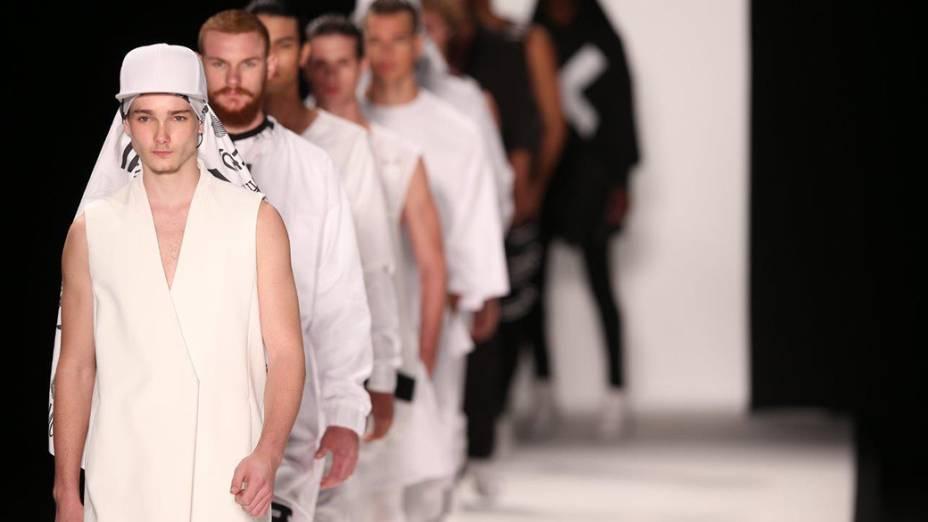 A grife R.Groove apresenta nova coleção em desfile do terceiro dia da Fashion Rio 2014