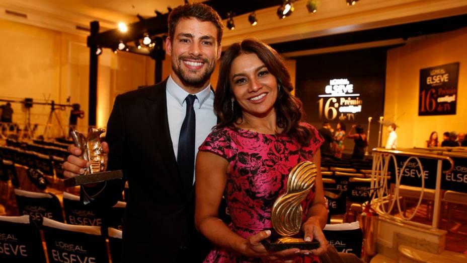 Cauã Raymond e Dira Paes ganham prêmios durante a 16ª edição do Prêmio Contigo! de TV, no Hotel Copacabana Palace, no Rio de Janeiro