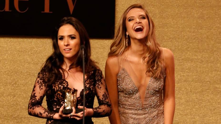 Tatá Werneck recebe prêmio durante a 16ª edição do Prêmio Contigo! de TV, no Hotel Copacabana Palace, no Rio de Janeiro