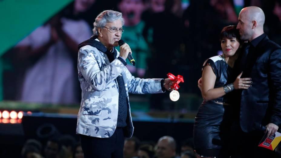 Caetano Veloso durante apresentação na 20ª edição do Prêmio Multishow 2013, com apresentação de Ivete Sangalo e Paulo Gustavo, na Arena da Barra, no Rio de Janeiro