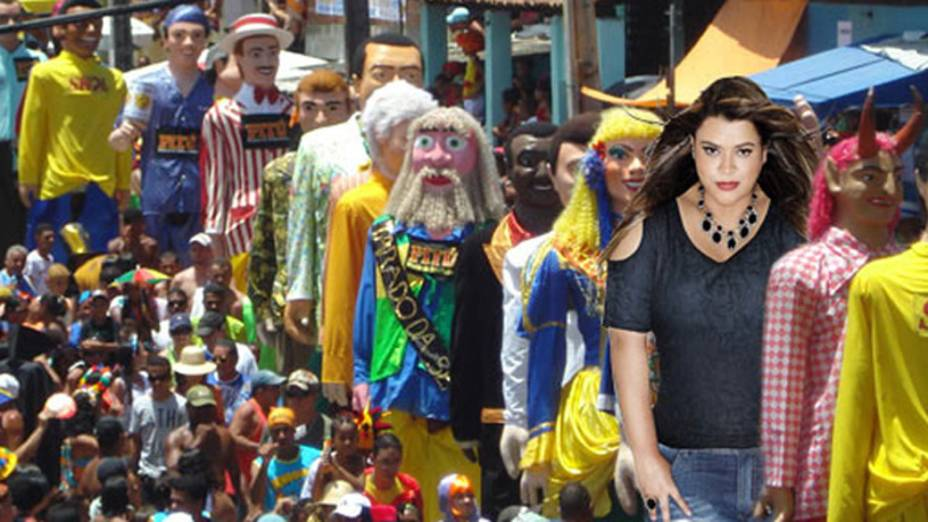 Preta Gil como um bonecão de Olinda, em meme que ironiza edição de fotos da cantora para campanha da C&A