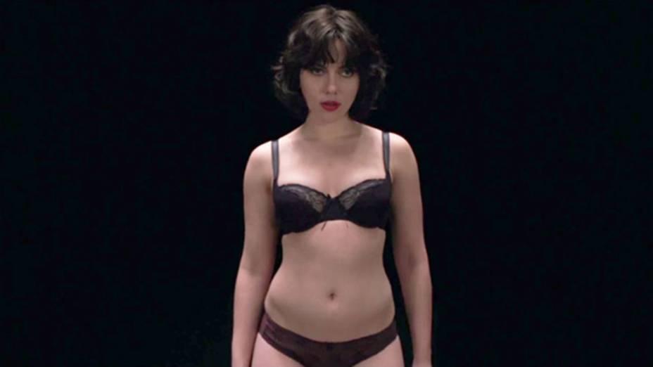 Atriz Scarlett Johansson em cena do filme Under the Skin