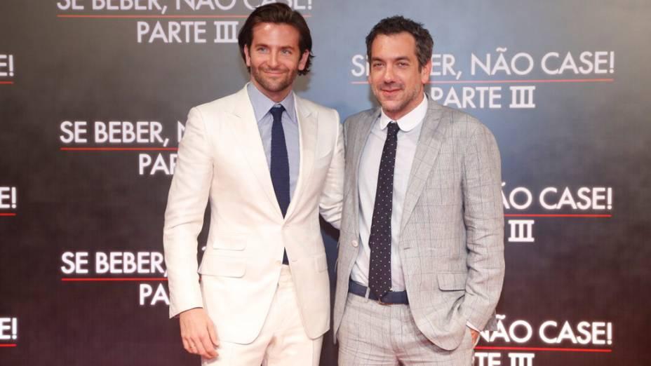 Bradley Cooper e o diretor Todd Phillips na pré-estreia do filme Se Beber, Não Case! - Parte III