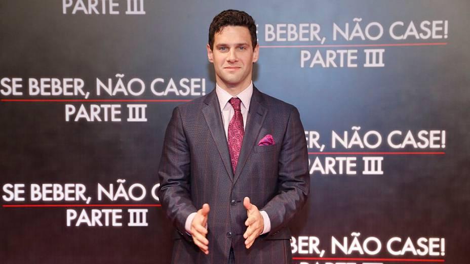 Justin Bartha na pré-estreia de Se Beber, Não Case ! - Parte III, no Cine Odeon, no Rio