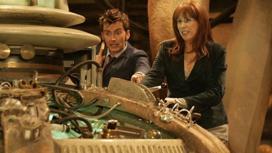 O décimo Doutor (David Tennant) ao lado da companheira Donna Noble (Catherine Tate) em cena da série