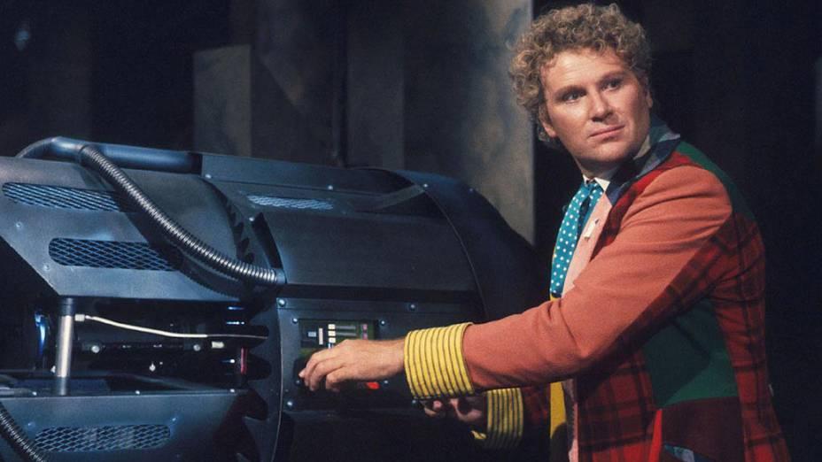 Colin Baker, que interpretou o Doctor entre 1984 e 1986, em episódio da série Doctor Who