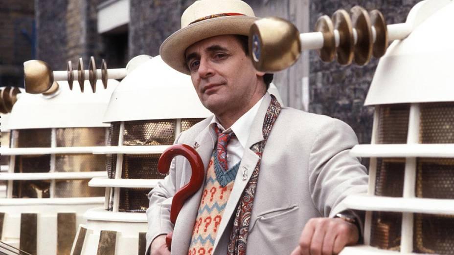 O ator Sylvester McCoy como o Doctor