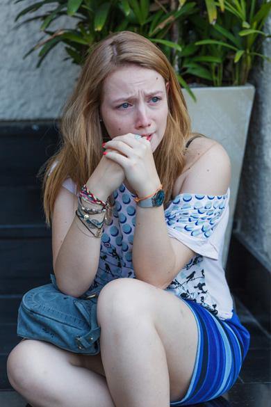 Alice (Malu Rodrigues) no filme Confissões de Adolescente