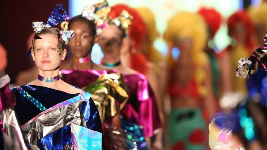 Melissa apresenta nova coleção durante desfile do quinto e último dia da São Paulo Fashion Week