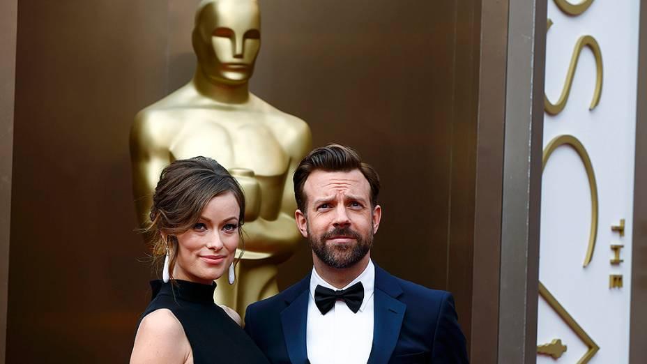 Olivia Wilde e Jason Sudeikis no tapete vermelho do Oscar 2014