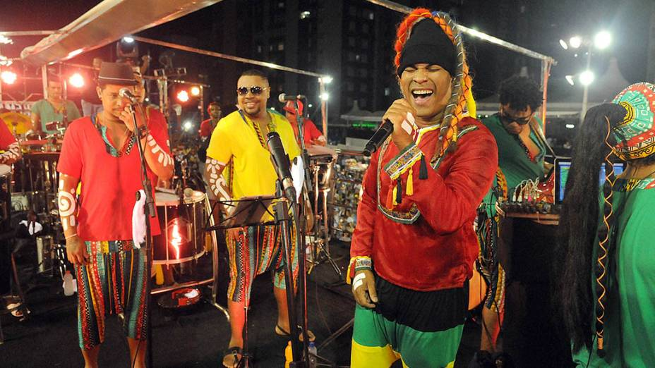 Trio Nana Banana Timbalada em Salvador, em 27/02/2014