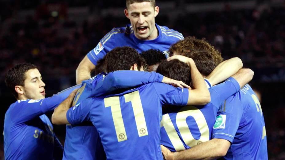 Jogadores do Chelsea comemoram gol marcado na estreia no Mundial de Clubes