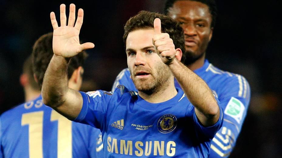 Mata marca o primeiro gol do Chelsea contra o Monterrey na semifinal do Mundial de Clubes da Fifa, no Japão