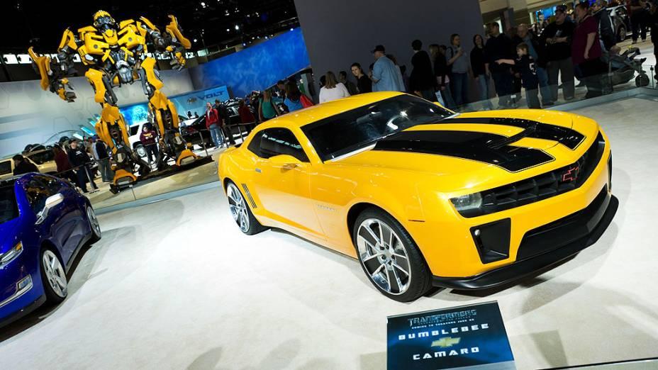 A GM também chegou a mostrar em vários eventos automotivos - inclusive no Salão do Automóvel de São Paulo de 2008 - o Camaro amarelo do filme Transformers ao lado de uma réplica em tamanho real do robô Bumblebee
