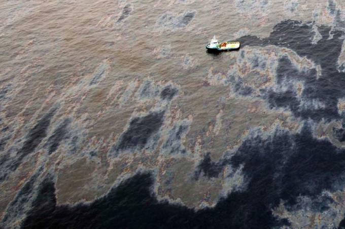 chevron-vazamento-oleo-rio-de-janeiro-20111121-02-original.jpeg