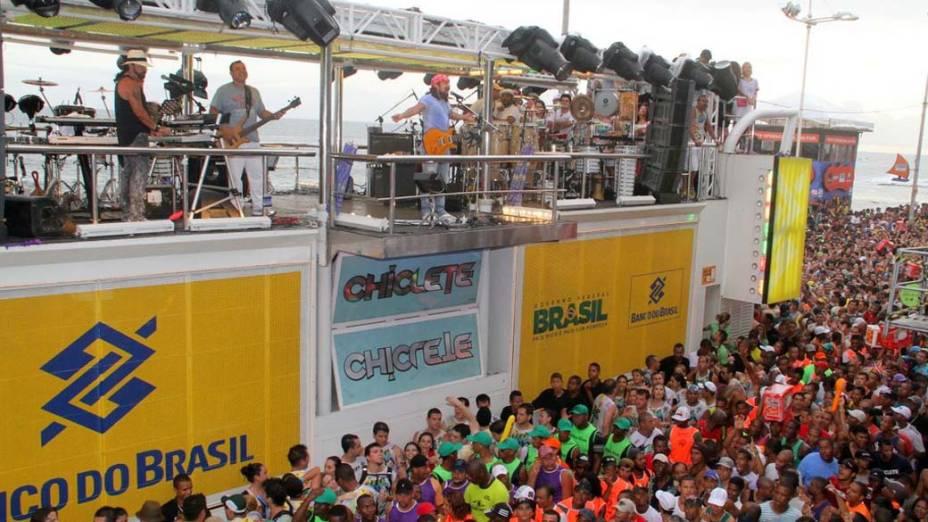 Chiclete com Banana no carnaval de Salvador, em 18/02/2012