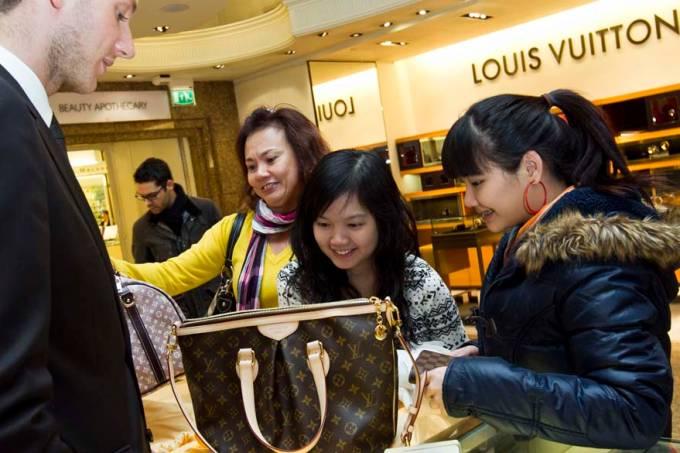 china-mercado-de-luxo-20120120-2-original.jpeg
