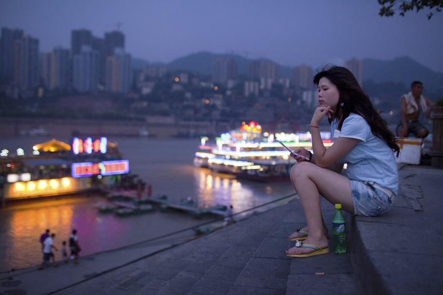 Em menos de quinze anos, a cidade de Chongqing se transformou de uma cidade caipira e pobre em uma megametrópole com 32 milhões de habitantes