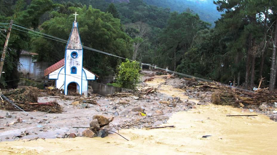 Destruição causada pelas chuvas em Teresópolis, Rio de Janeiro - 13/01/2011