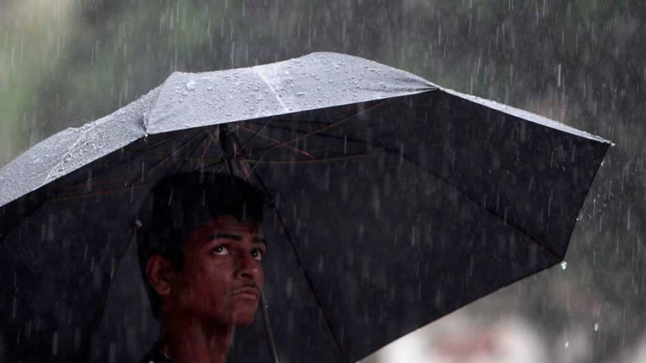 Chuva em Mumbai, na Índia