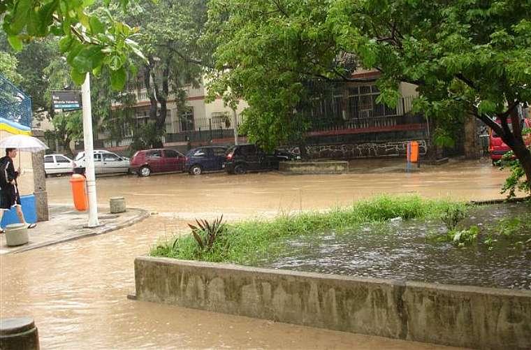 Rua Real Grandeza, em Botafogo.
